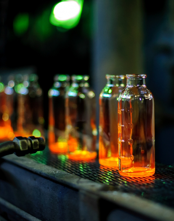 Efficient glass production saves energy and material in food and beverage industry